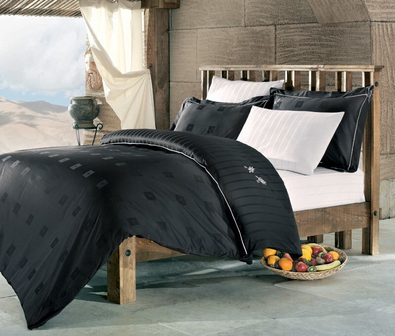 Luxusní saténové povlečení Issimo Home ATLANTIS 4x50x70/1x200x220cm + prostěradlo 240x260cm
