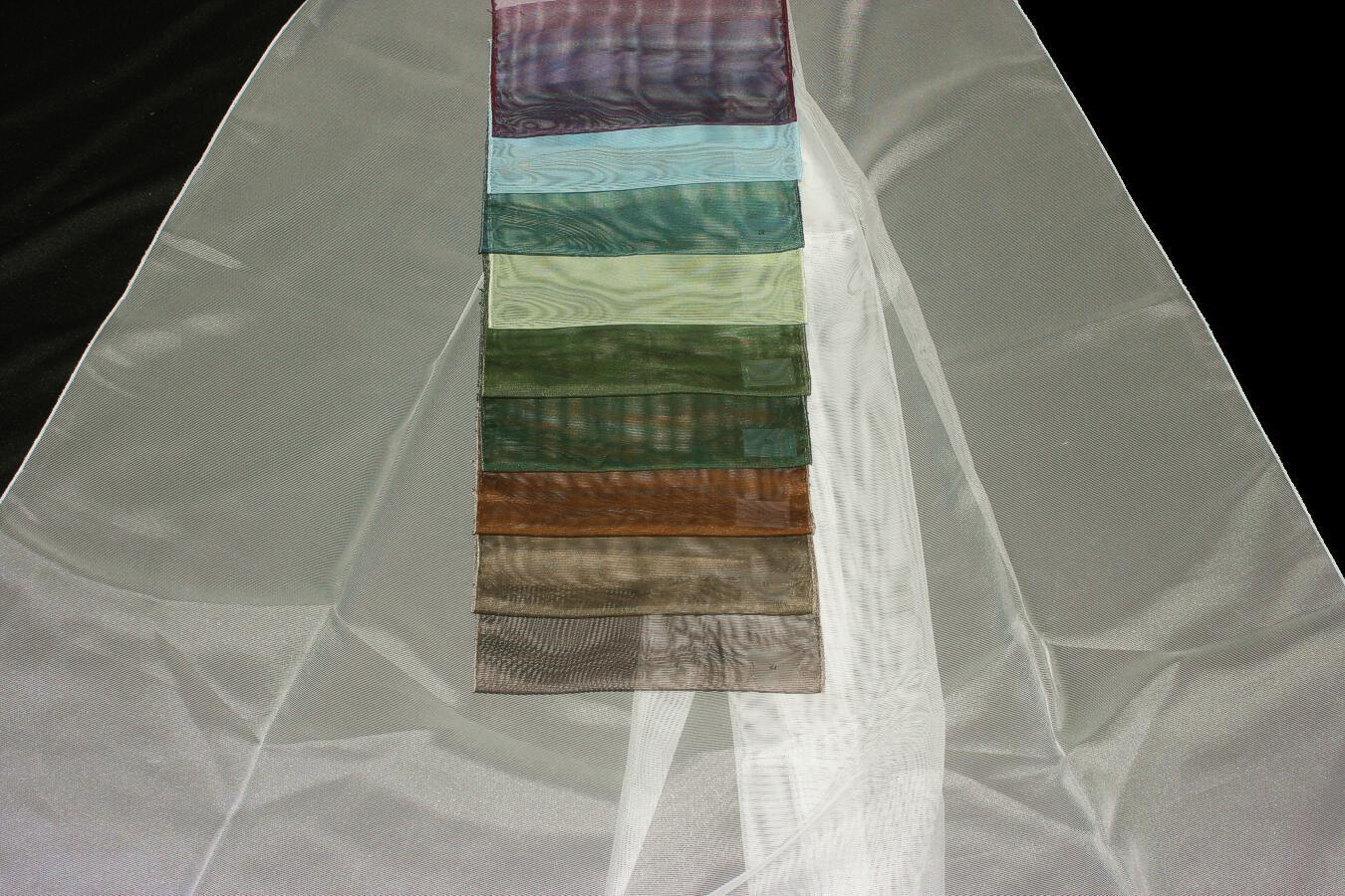 Záclona 2888 300 cm 07 černá